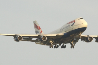 British Airways 747-400 on Finals